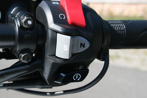 Honda CTX 700 N: Doppelkupplungsgetriebe.