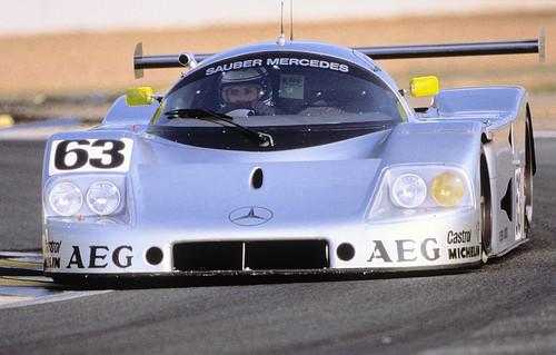 24 Stunden von Le Mans, 10./11. Juni 1989. Sauber-Mercedes Gruppe-C-Rennsportwagen C 9. Startnummer 63 - Sieger: Jochen Mass / Manuel Reuter / Stanley Dickens.