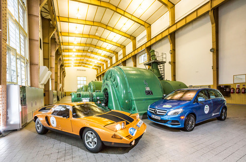 Legende trifft Zero Emission: C111 und B-Klasse Electric Drive.