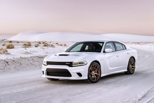 Dodge Charger SRT Hellcat.