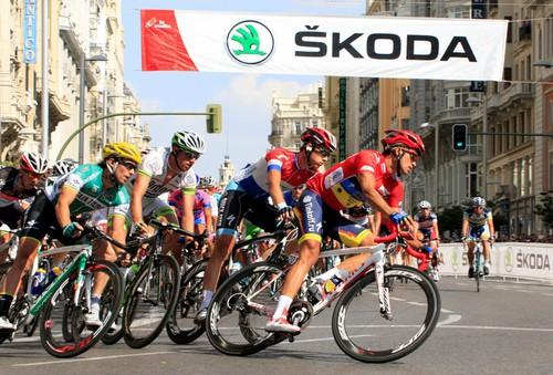 Skoda ist offizieller Fahrzeugpartner der Spanien-Rundfahrt.