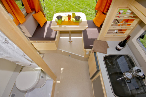 living in a box camping mit dem vw amarok auto medienportal net. Black Bedroom Furniture Sets. Home Design Ideas