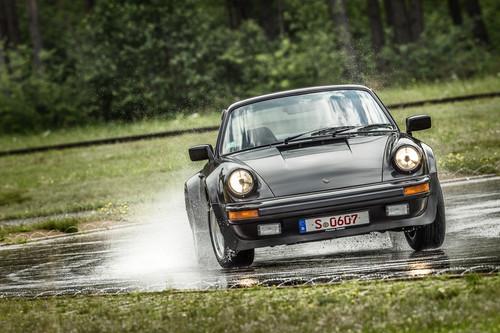 Reifentest für Porsche-Klassiker: 911 Turbo (1983).