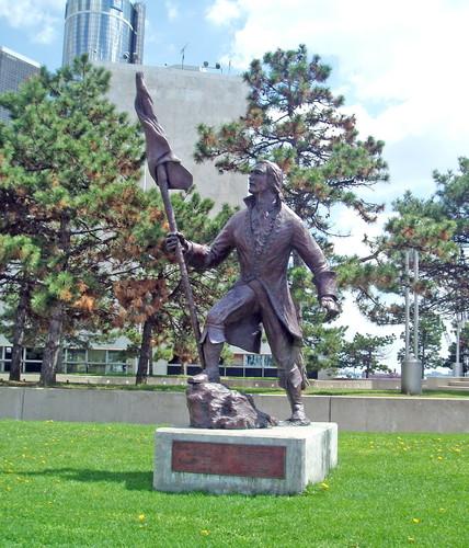 Denkmal für Stadtgründer Antoine Laumet de La Mothe, genannt Sieur de Cadillac, in Detroit.