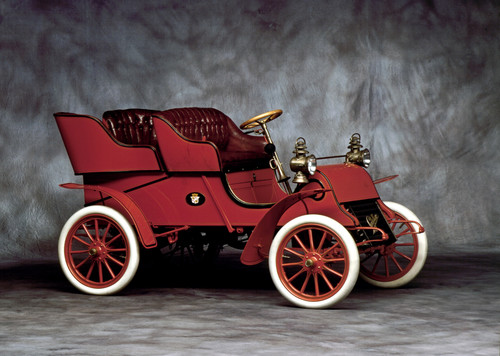 Cadillac Model A Runabout (1903).
