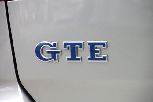 Audi Financial Services >> VW präsentiert weltweit erste Hybrid-Tankkarte - Auto-Medienportal.Net