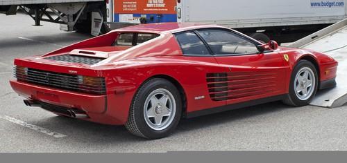 """Auktion von Coys of Kensington unter dem Motto """"True Greats"""": Ferrari Testarossa von 1986."""