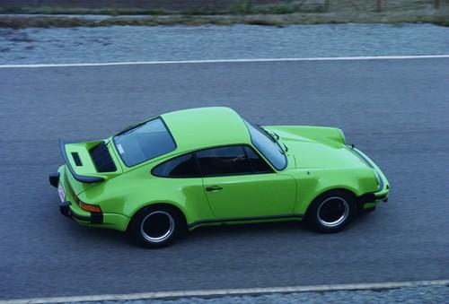 Die Tops und die Flops des Automobilgeschäfts: Porsche 911 von 1975.