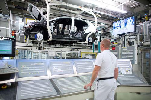 Produktion des Golf im VW-Werk Wolfsburg.