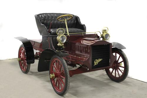 Cadillac B 4 S (1904).