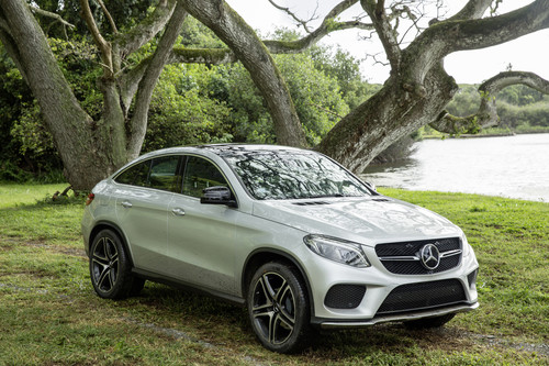 "Mercedes-Benz GLE Coupé am Set von ""Jurassic World""."