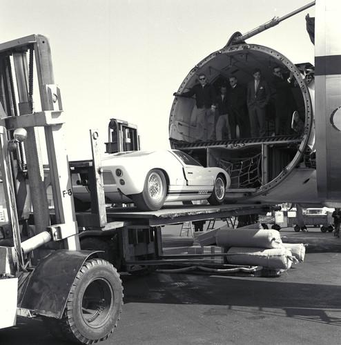 Ford GT40, Verladung für Sebring, 1966.