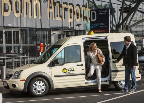 """Modellprojekt """"ColognE-mobil"""": Ford Transit Connect BEV als Taxi."""