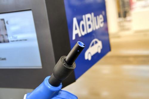 bmw und total testen adblue zapfs ulen auto medienportal net. Black Bedroom Furniture Sets. Home Design Ideas