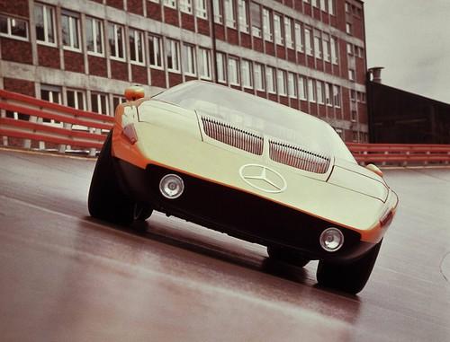 Mercedes-Benz Classic: Im Mercedes-Benz C 111-I (1969, im Foto) und im C 111-II (1970) wird der Wankelmotor als Fahrzeugantrieb erprobt.