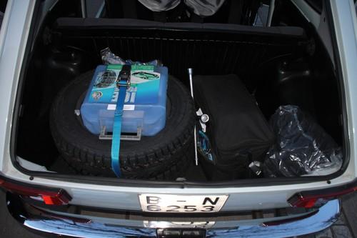 AvD-Histo-Monte: Spikes und Schneeketten im Seat 127 Rallye.