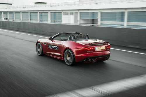 Jaguar F-Type R AWD Cabriolet.