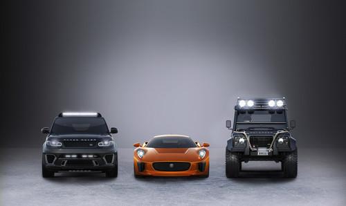 Bei James Bond mit von der Partie (von links): Range Rover Sport SVR, Jaguar C-X75 und Land Rover Defender Big Foot.