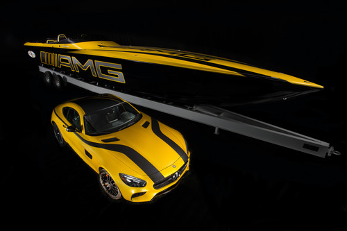 Mercedes-AMG GT S und Cigarette Racing 50 Marauder GT S Concept.