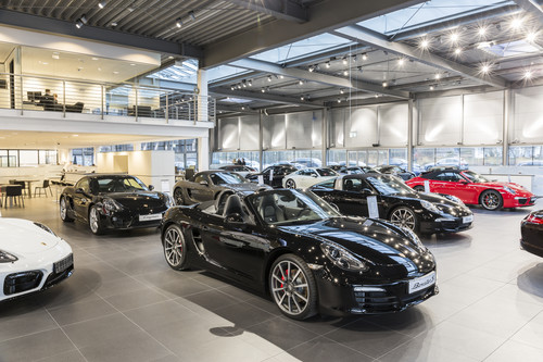 neues porsche zentrum in hamburg er ffnet auto medienportal net. Black Bedroom Furniture Sets. Home Design Ideas
