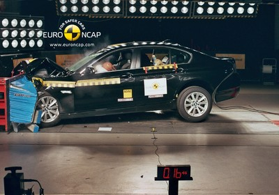 Euro NCAP-Crashtest: BMW 5er.