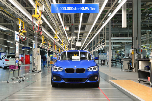 Im Werk Regensburg wurde der zweimillionste BMW 1er gebaut.