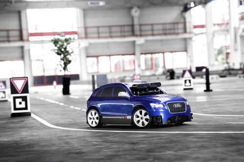 Audi sucht bestes pilotiert fahrendes Modellauto.