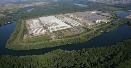 Mercedes-Benz Global Logistics Center in Germersheim.