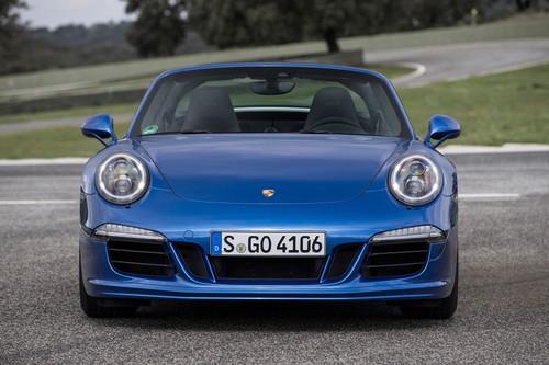 Porsche 911 Targa 4 GTS.