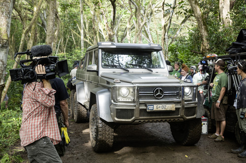 """Mercedes-Benz G 63 AMG 6x6 am Set von """"Jurassic World""""."""