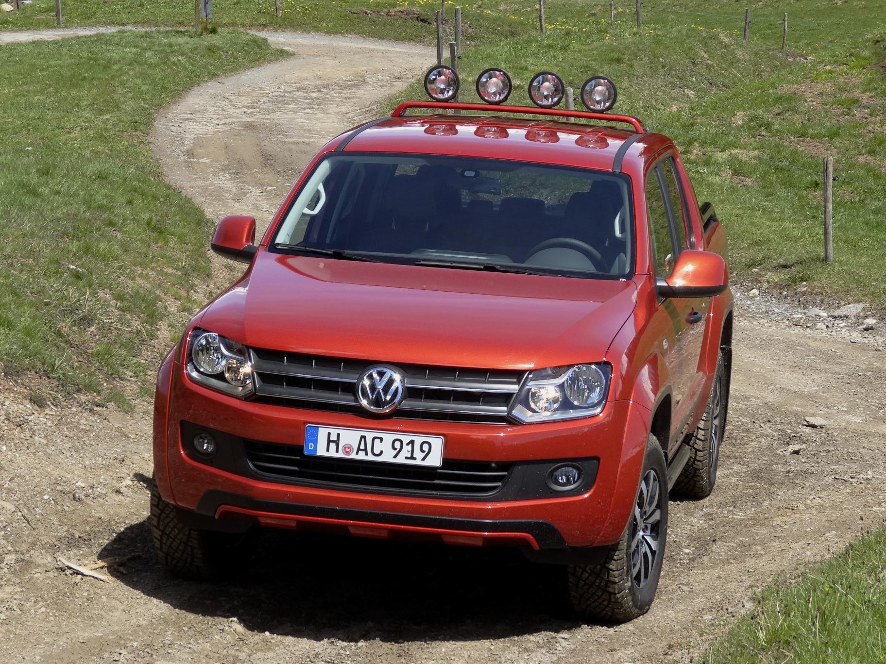 Volkswagen Amarok Canyon Figurbetont Auto Me nportal Net