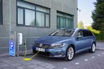 Zwei neue VW Passat im Handel
