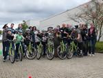 Toyota veranstaltet mobile Verkehrsschule für Flüchtlingskinder