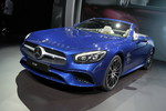 Los Angeles 2015: Bodybuilding für den Mercedes-Benz SL