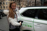 Alena Gerber fährt Mitsubishi Plug-in Hybrid Outlander
