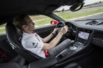 Über die Schulter geschaut: Jörg Bergmeister im Porsche 911 Turbo