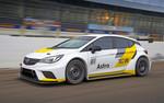 Target Competition setzt sieben Opel Astra TCR ein