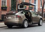 Tesla ruft sein Model X in die Werkstatt