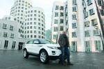 Land Rover übergibt Evoque an Gewinner