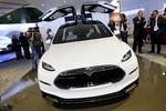 Detroit 2013: Tesla zeigt das Model X