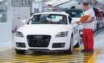 Audi startet Produktion der A3 Limousine in Ungarn