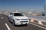 Mitsubishi stockt Produktion des Outlander PHEV auf
