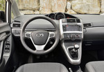 Toyota Verso fährt mit neuem Infotainment-System vor