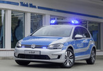 "Volkswagen bringt e-Golf in ""Polizeiuniform"""