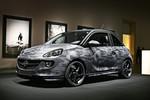 Opel versteigert sieben Adam von Bryan Adams