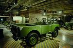 Land Rover lässt Defender-Produktionsband des Jahres 1948 wiederauferstehen