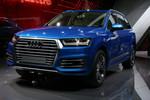 Genf 2015: Dem Audi Q7 E-Tron Quattro reichen 1,7 Liter