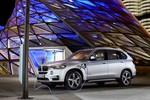 BMW startet Plug in-Technologie mit einem X5