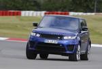 Jaguar F-Type R AWD und Range Rover Sport SVR: Grenzgänger