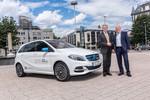 Elektromobilität: Umweltminister fährt mit gutem Bespiel voran